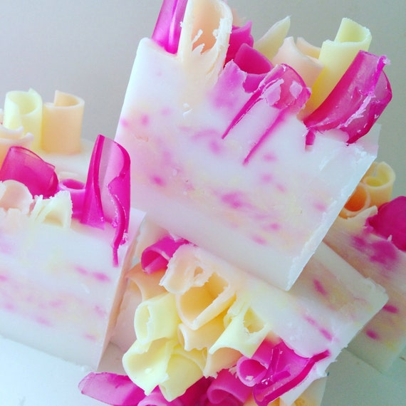 PEONY & PINK GRAPEFRUIT Artisan Shea Butter Soap {Nectars and Blossoms Collection}