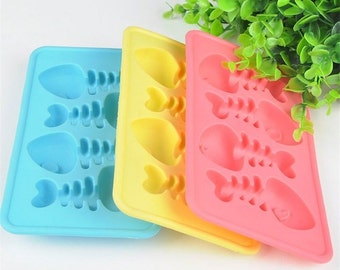 One Fish Bone Silicone Soap, Crayon, Ice Cube, Chocolate or Candy Mold Baking Supplies