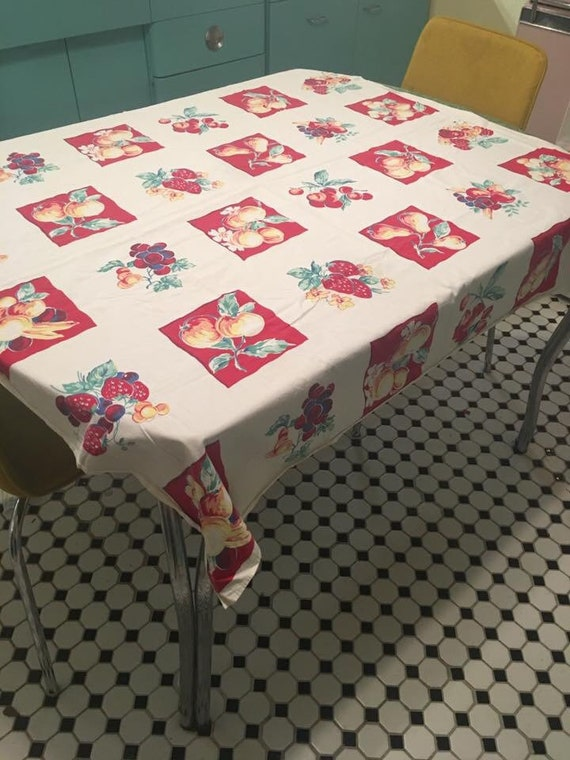 Superbe Vintage Flour Sack Tablecloth Red Blue Yellow Fruits