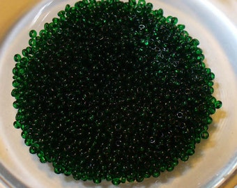 Size 18 Micro Seed Beads in Rich Hunter Green - Glass Antiques