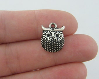 10 Owl charms antique silver tone B256