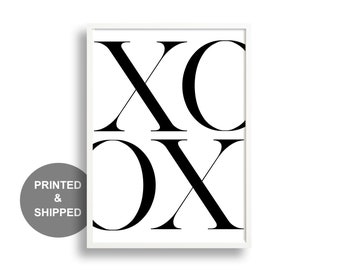 XO Typography Print | Wall Art | Kiss and Hug | Minimalism | Home Decor | Monochrome