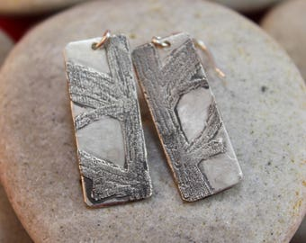 Creative Tree Trunk Etched Sterling Silver Earrings (011218-008)