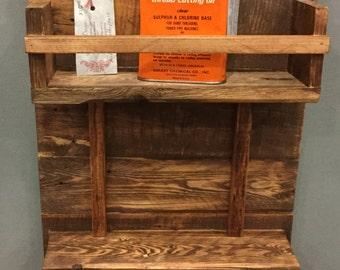 Pallet wood towel rack shelf