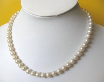 Creamy white freshwater and gold plated Bead Necklace