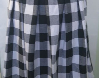 CLEARANCE! SPANKING NEW! Size 26 Cotton Madras Check Skirt