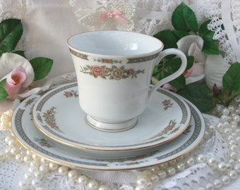 Vintage Trio Tea Set of Tea Cup, Saucer and side Plate, Liling Fine China Yung Shen