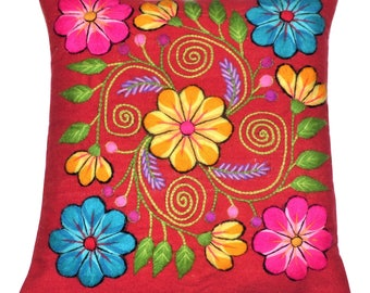 Pillow Cover Embrodery Floral Design from Ayacucho Peru - Handmade with Red Loom