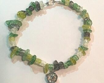 Green glass rock bracelet