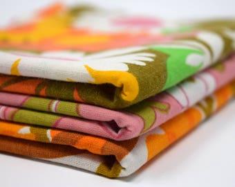 Pink Orange Green Vintage Retro Fabric FQ Fat Quarter Bundle