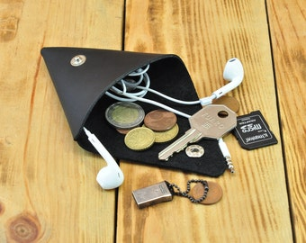 Triangle purse, Little black purse, Coin purse keychain, Mens coin purse, Small leather pouch, Coin purse wallet, Cat coin purse