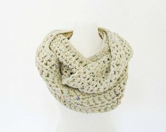 Oversized scarf Chunky scarf Off white scarf Crochet scarf cowl crochet gift Ivory crochet snood cream crochet loop crochet accessory