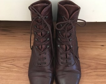 Vintage Leather Ankle Boots, Lace Up Boots, Cap Toe Boots