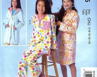 GIRLS CLOTHES PATTERN! Make Pajamas - Sleepshirt - Robe - Bathrobe = Pjs / Sizes 7-14