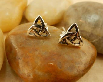 Vintage sterling silver Irish Celtic Trinity Knot post, stud earrings