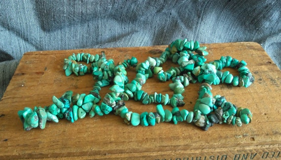 Fine vintage old pawn turquoise nugget necklace strand, Southwest Roystone Turquoise