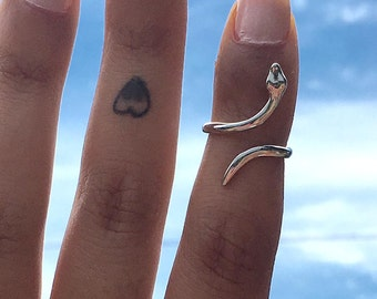 Snake ring. Snake midi ring. Gold Plated. Silver Plated. Stacking Ring. Delicate Ring.