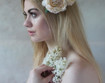 Cream peony floral hairclip