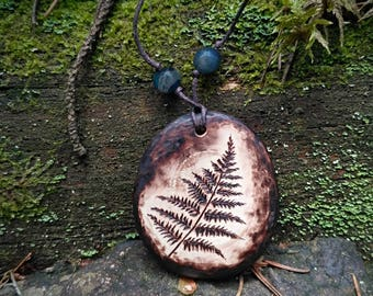Fern leaf necklace pendant. Fern wooden necklace pyrography. Botanical wood burning jewelry handmade. Nature wood pendant jewelry leaf fern.