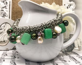 Glamorous Jade Green and Pearl Bejeweled Bracelet