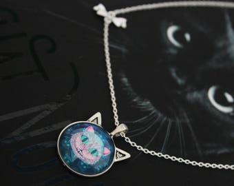 Cheshire Cat (cat's head) necklace