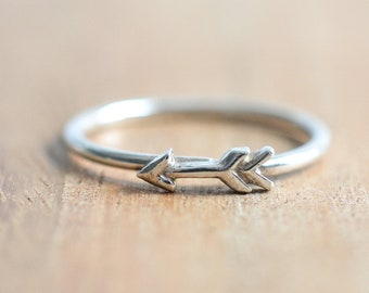 Sterling Silver Arrow Ring // Tiny Arrow Ring // Sterling Silver Arrow Stacking Ring // Cupid's Arrow Ring // Valentine's Day Gift Idea