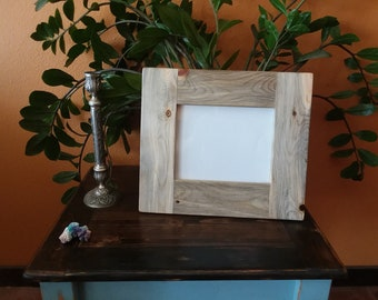 Wood Picture Frame / Rustic / Handmade / Natural Finish / 8x10 / Landscape or Portrait