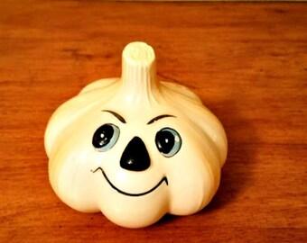 Anthropomorphic Garlic Shaker Retro Vintage  Kitsch