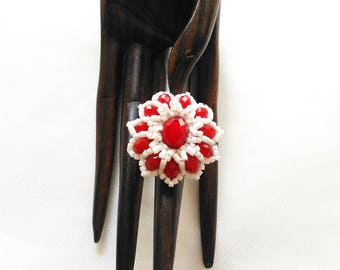 Red and white beaded ring