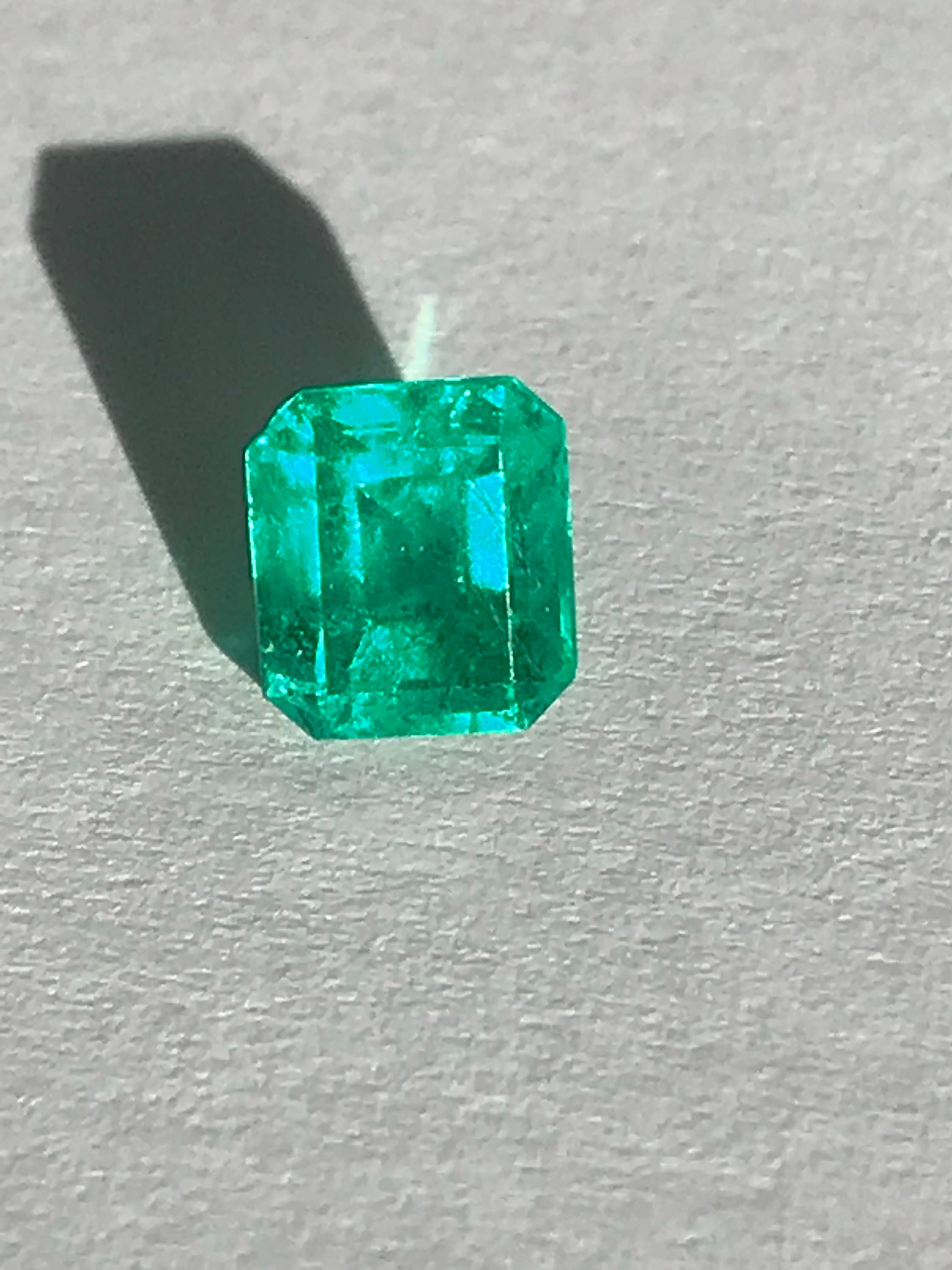 colombian img old cts emerald previous blue mine portfolio cabochon next sold