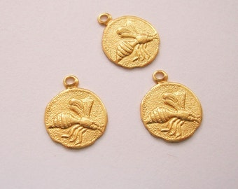 Bee Tiny Charm Insect Brass Stamping Pendant Jewelry Findings(8).
