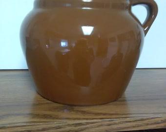 Vintage old Hall bean pot