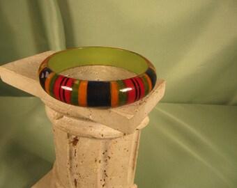 ANTIQUE BRACELET of WOOD Tropical Design on Wooden Bangle Bracelet, 1950 tropical bangle bracelet jewelry, wooden ladies bangle bracelet