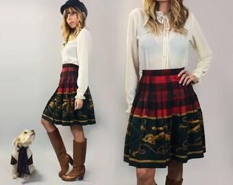 Vintage 1970's Red Plaid ITALIAN Gold Belt Tassal Print Skirt || Size Small