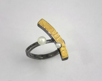 Modern alternative gold silver geometric ring with pearls and patina, Textured ring, Artisan ring, Handcrafted ring, Gift for her.