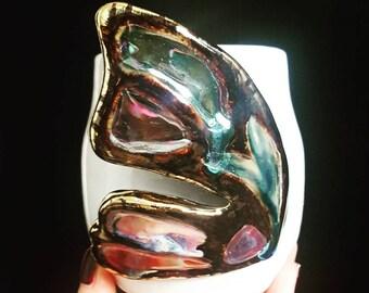 Gold edged iridescent wing handwarmer mug