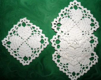 Set of 4 coasters white Table decoration Coaster drink Stand Crochet