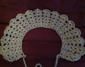 Silver crochet Peter Pan collar