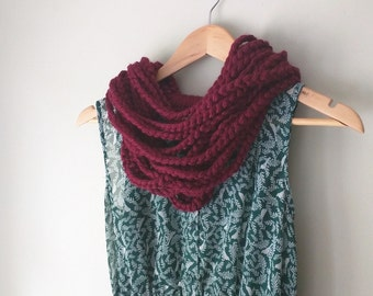 Barn Red Chain Scarf / Short / Scarf Necklace / Knit Chain Scarf / Rope Scarf / Crochet Scarf