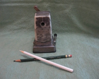Boston Vacuumette Pencil Sharpener