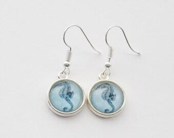 Seahorse Earrings, Vintage Seahorse Earrings, Nautical Earrings, Seahorse Jewelry, Silver Seahorse earrings, Beach Earrings