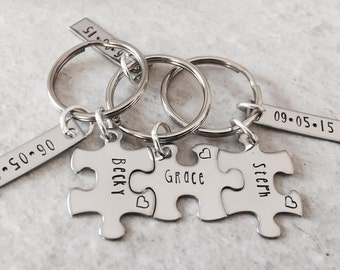 Personalized bridal party gifts personalized sister gifts personalzied sorority gift puzzle piece keychains with wedding date bridesmaids