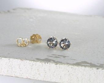 Alexandrite Earrings Gold Stud Earrings Birthstone Stud Earrings June Birthstone Jewelry Alexandrite Stud Earrings Gemstone Stud Earrings
