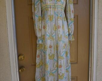 Gunne sax style size 7 small medium sheer prairie dress 70s 1970s pastel