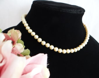 Vintage Cream Marvella Faux Pearl Necklace with Pearl Clasp - Signed Faux Pearl Necklace - Signed Marvella Necklace - Mid Century Modern