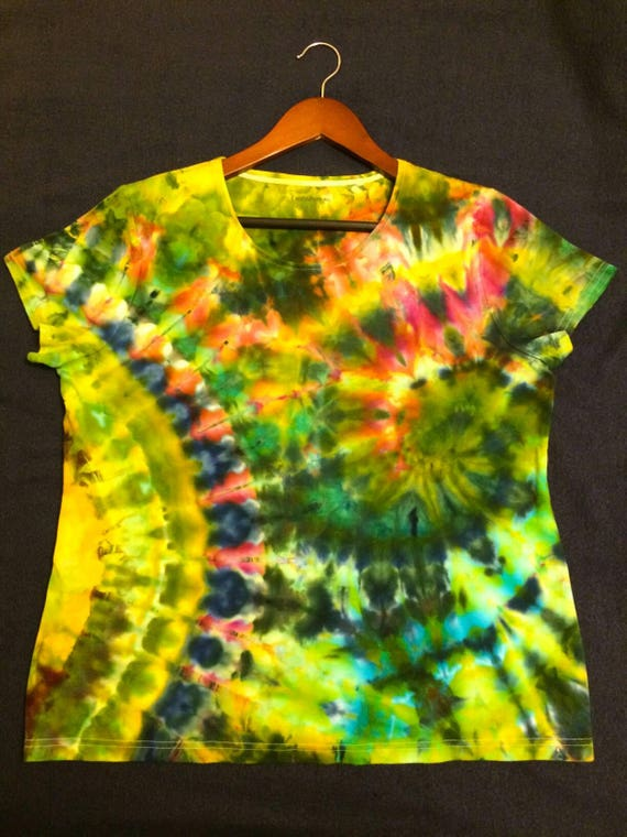 Iced Dyed Womens V-neck Top/L/Cotton Top/Hand Dyed/Gifts for Her/Eco-Friendly Dying