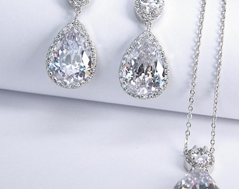 Minimalist Diamante Teardrop Earrings Pendant Necklace Jewelry Set Cocktail Jewelry