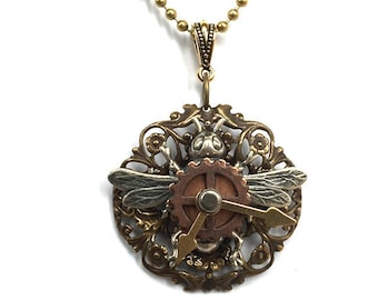 Steampunk Bee Pendant - Bee Clock Necklace - Steampunk Bee Pendant - Victorian Brass Bee -  Steampunk Clock Pendant - Insect Jewelry