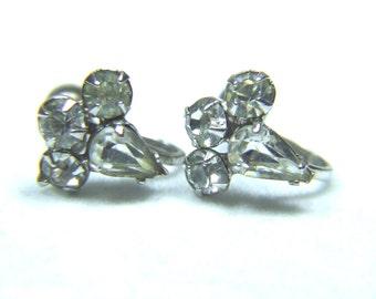 Simple Elegant Crystal Rhinestone Earrings Vintage 294