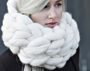 Pudgy cowl, knit scarf, Super bulky scarf, scarf, Knitted scarf, knitting, Merino, chunky yarn